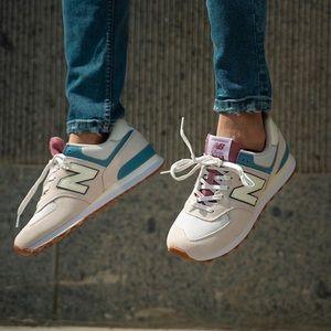 NWT New Balance 574 Mens Shoes